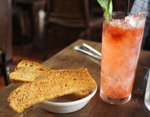 Cocktails and Italian toast