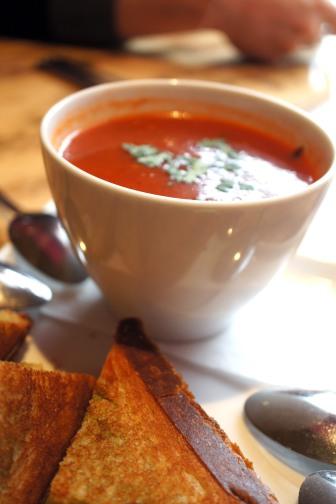 Delectably spice Tomato Shorba